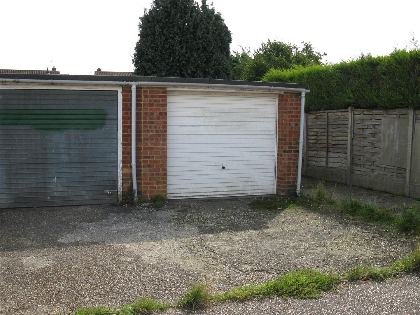 Uckfield Garage 1.jpg